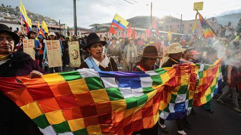 indiigena-Quito-caminata-Foto-EFE_LRZIMA20150813_0060_3